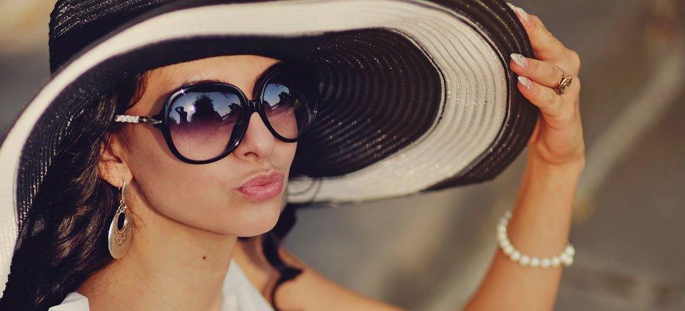occhiali da sole Carolina Herrera con lo sconto 30%
