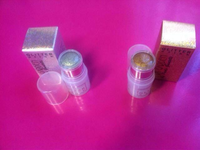 Glitter stick di color argento e dorato