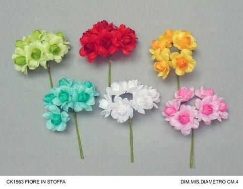bouquet di fiori in stoffa
