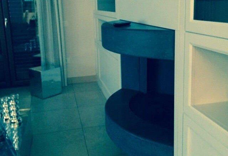 Caminetto in pietra lavica