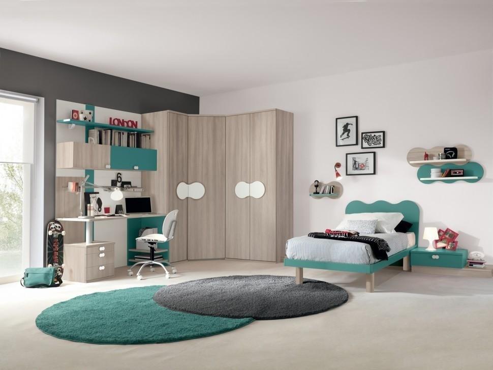 camera per bambino con armadio ad angolo