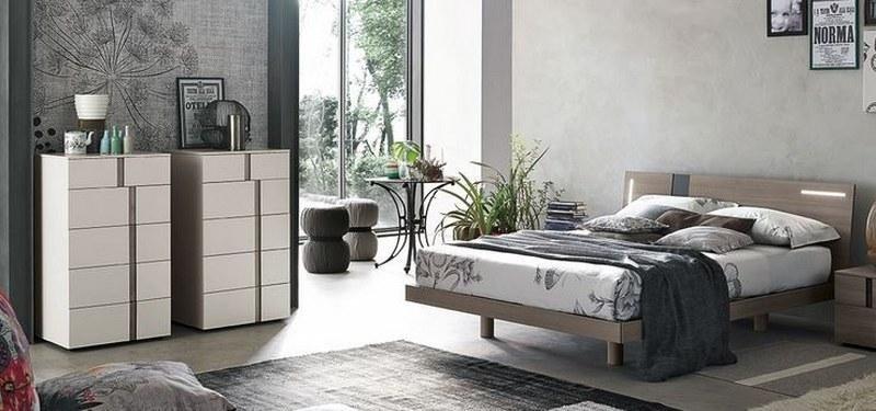 camera da letto con terrazza sul giardino