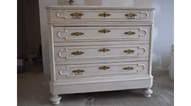 mobili dipinti lucca