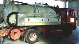 Aurospurgo per l'aspirazione e il trasporto di rifiuti liquidi.