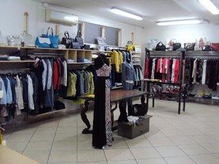 Negozio abbigliamento a Nocera
