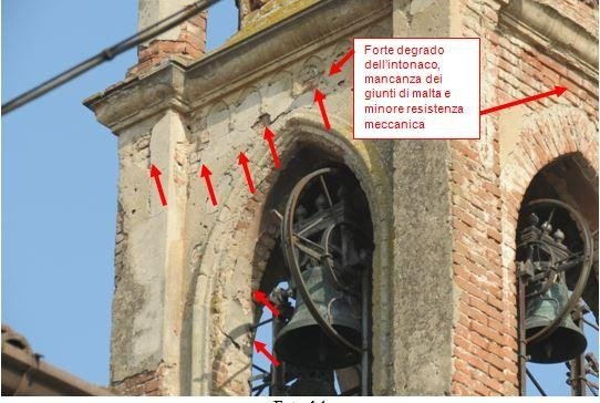 Cella campanaria con evidenziato carenze di intonaco e dei giunti di malta