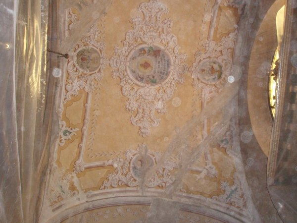 lesion on the west side of the chapel vault