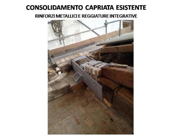 capriata esistente: consolidamento della testata con rinforzi metallici e reggiature integrative