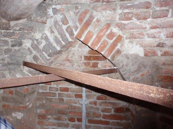 Vista catene interne campanile al livello due