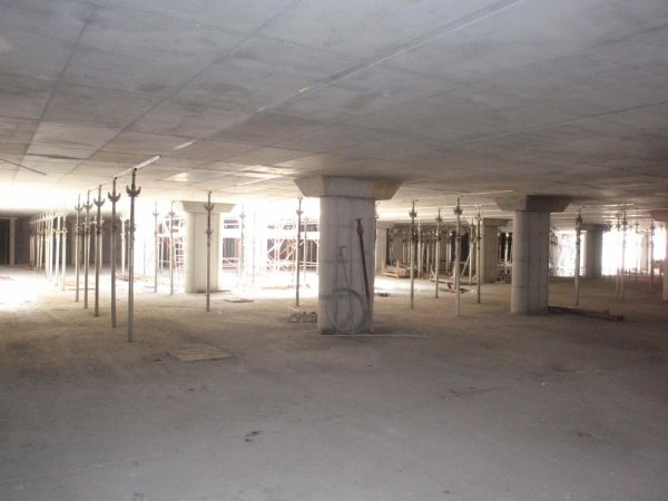 View of second level floor and pillars