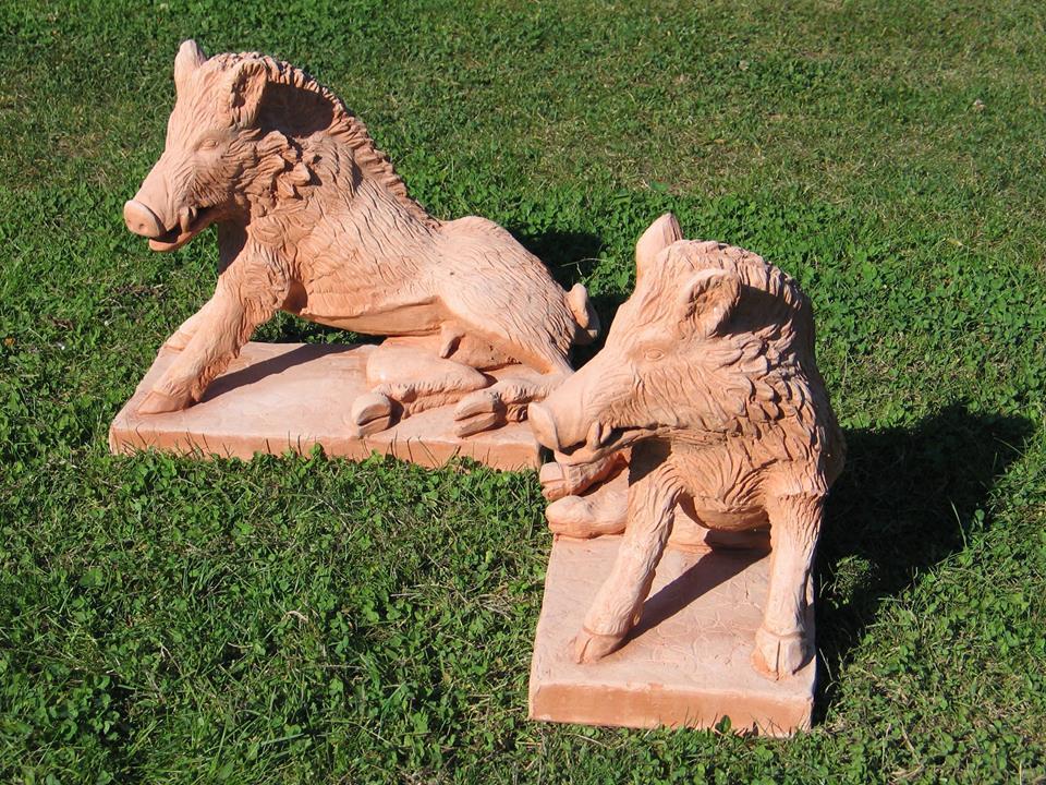 cinghiali in terracotta
