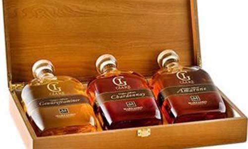 Cassa di lusso per regalo con tre bottiglie diverse
