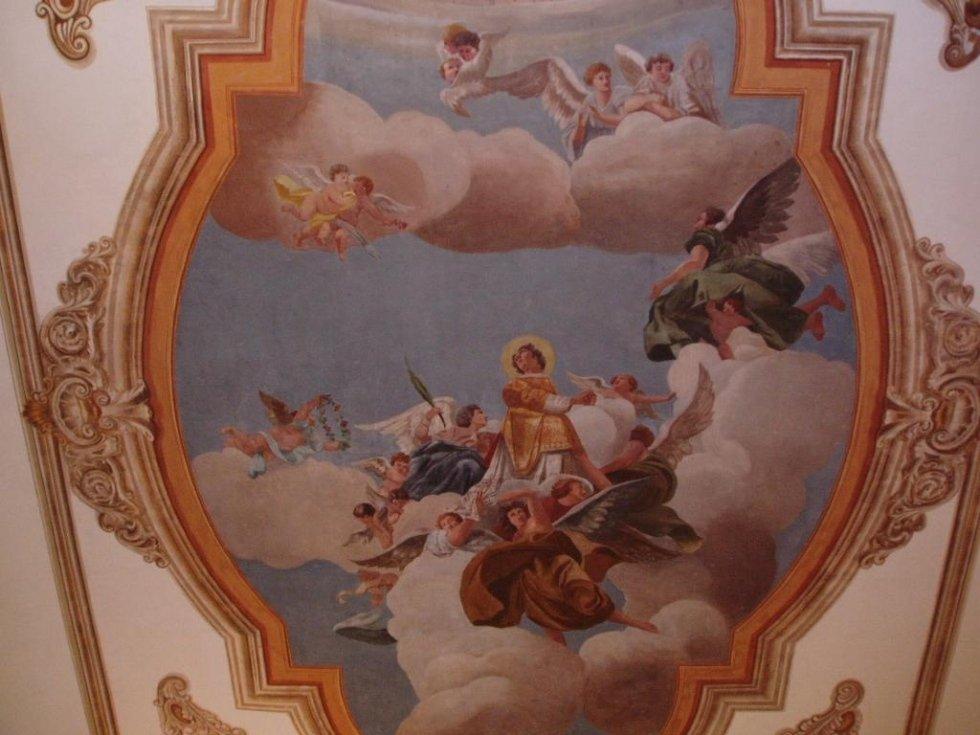 Decorazioni e dipinti