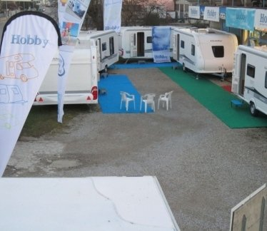 vendita caravan, caravan, rimessaggio camper