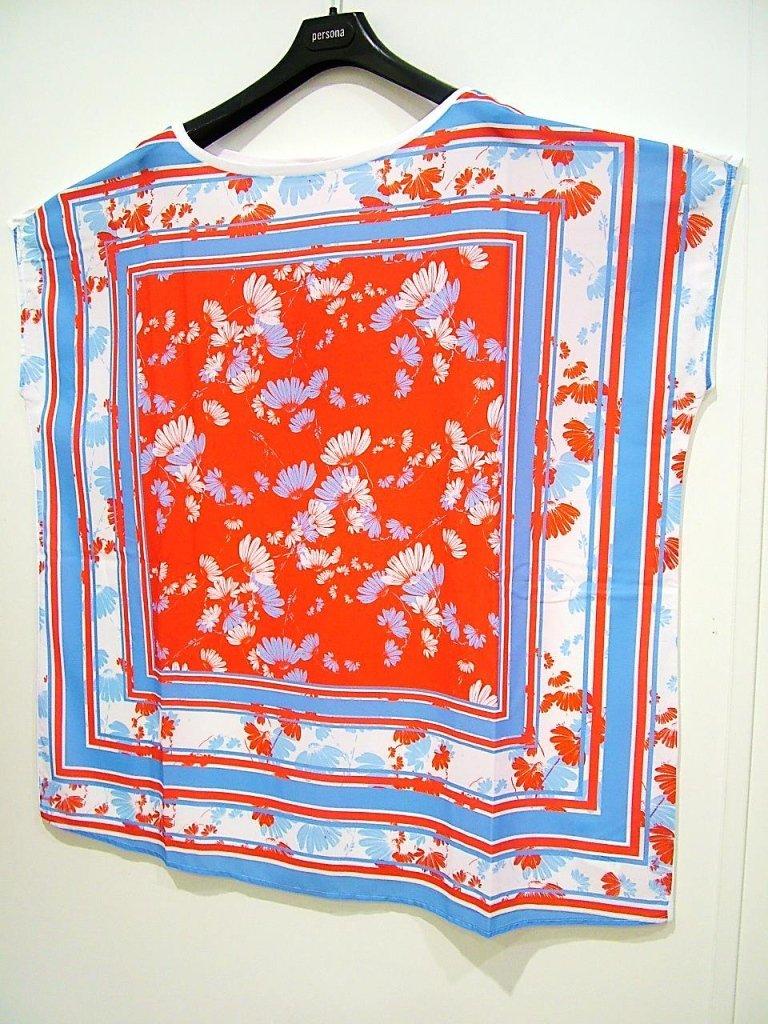 simpatica maglia fantasia rossa