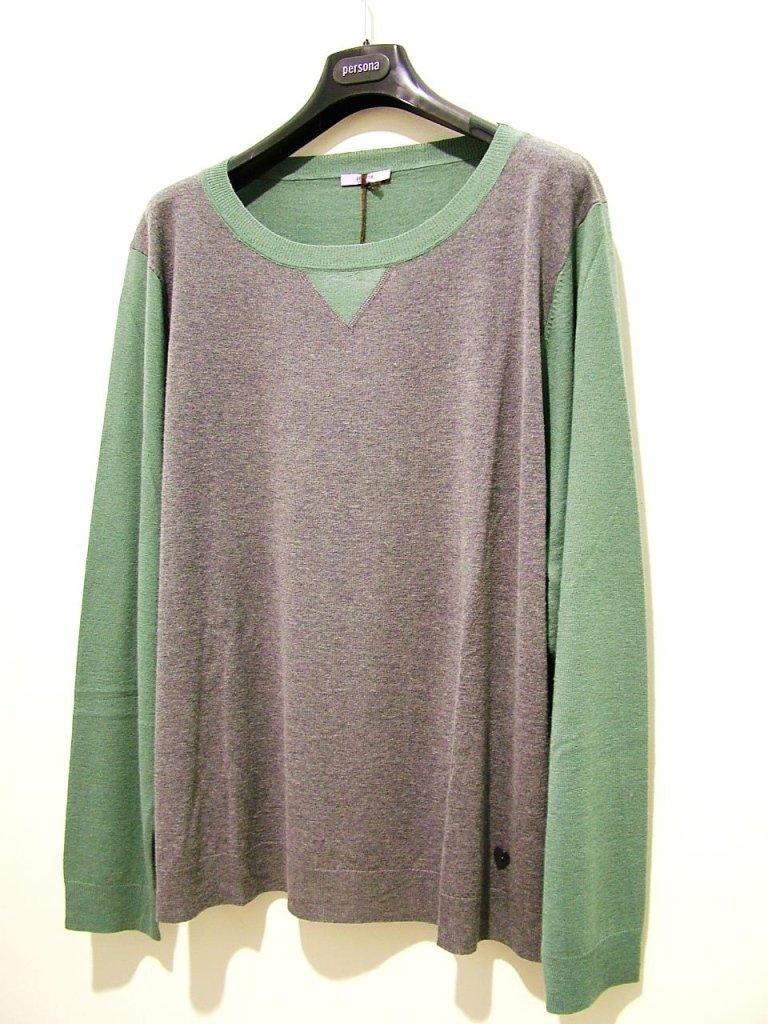 maglia verde salvia e grigio medio