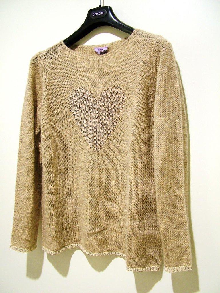 maglia beige con cuore