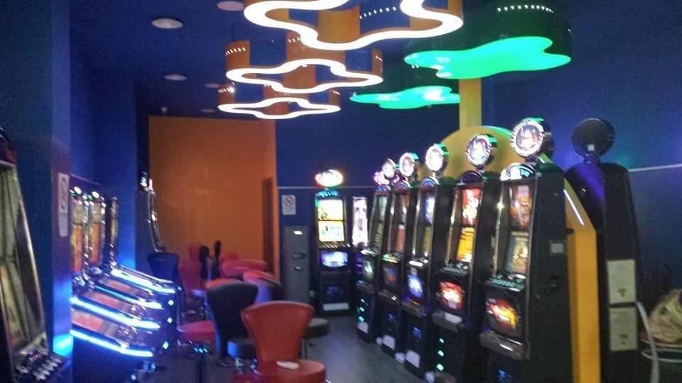 allestimento sala gioco catania