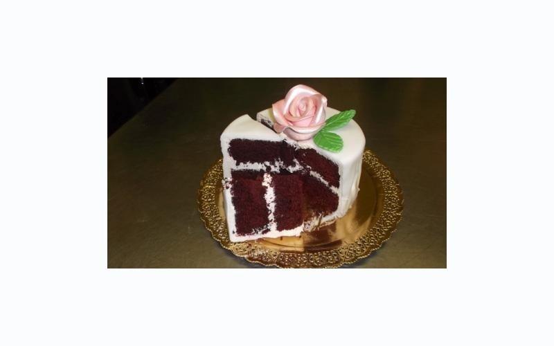 torta alla pasta di zucchero