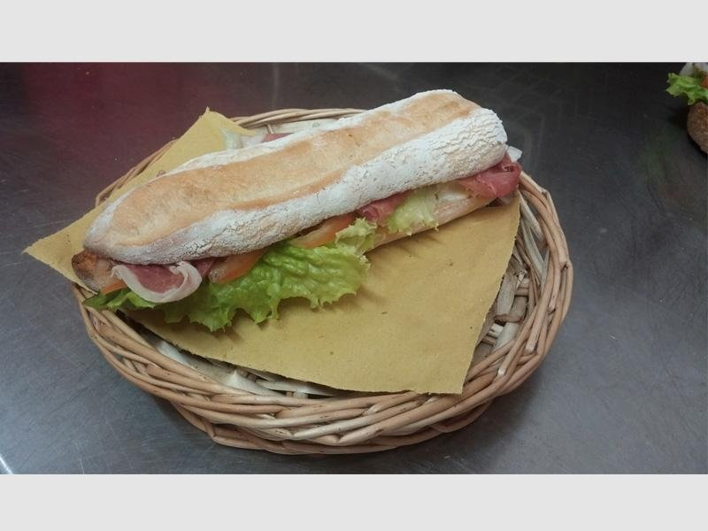 pane speciale con farina integrale