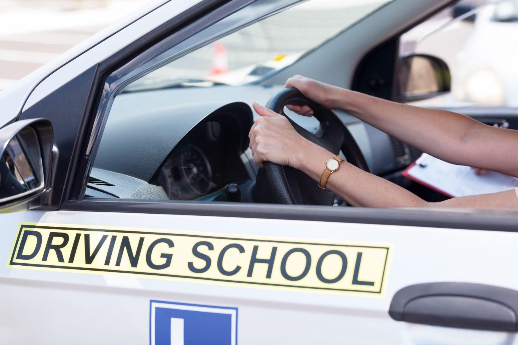 Scuolaguida auto   Lago di Garda   Valle Sabbia ...