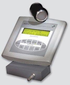 un dispositivo con uno schermo con scritto Periartrite Scapulo Humerale