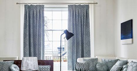 blue coloured curtain