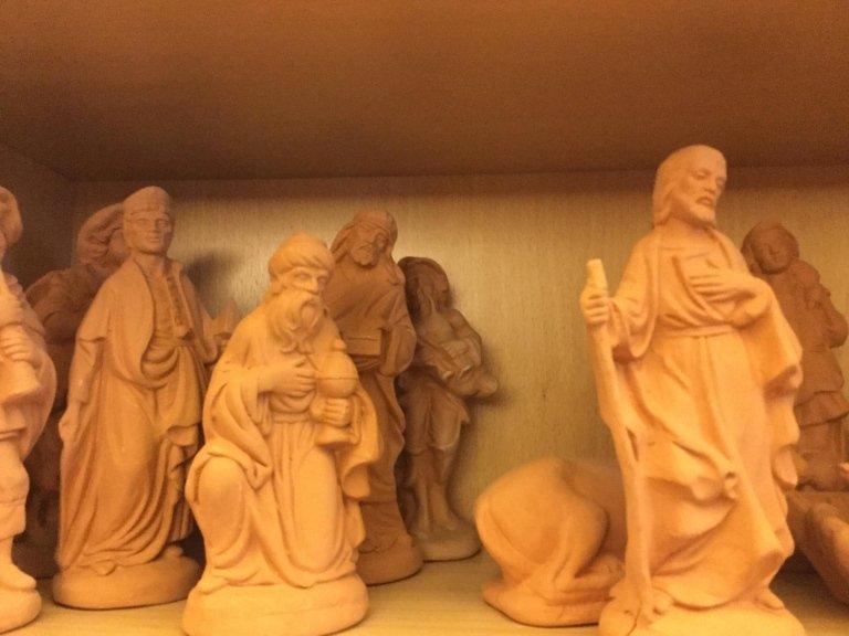 Statuine per presepi da ceramica colorata