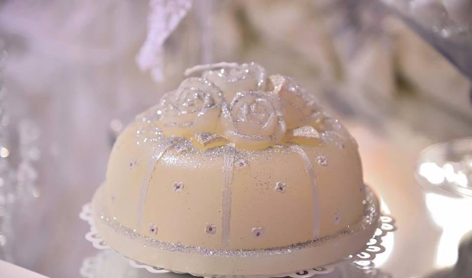Raffinata torta nuziale a Canicattì