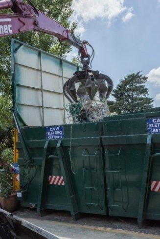 servizio ritiro rifiuti ferrosi, servizio di recupero rifiuti ferrosi, servizio di recupero rifiuti in alluminio