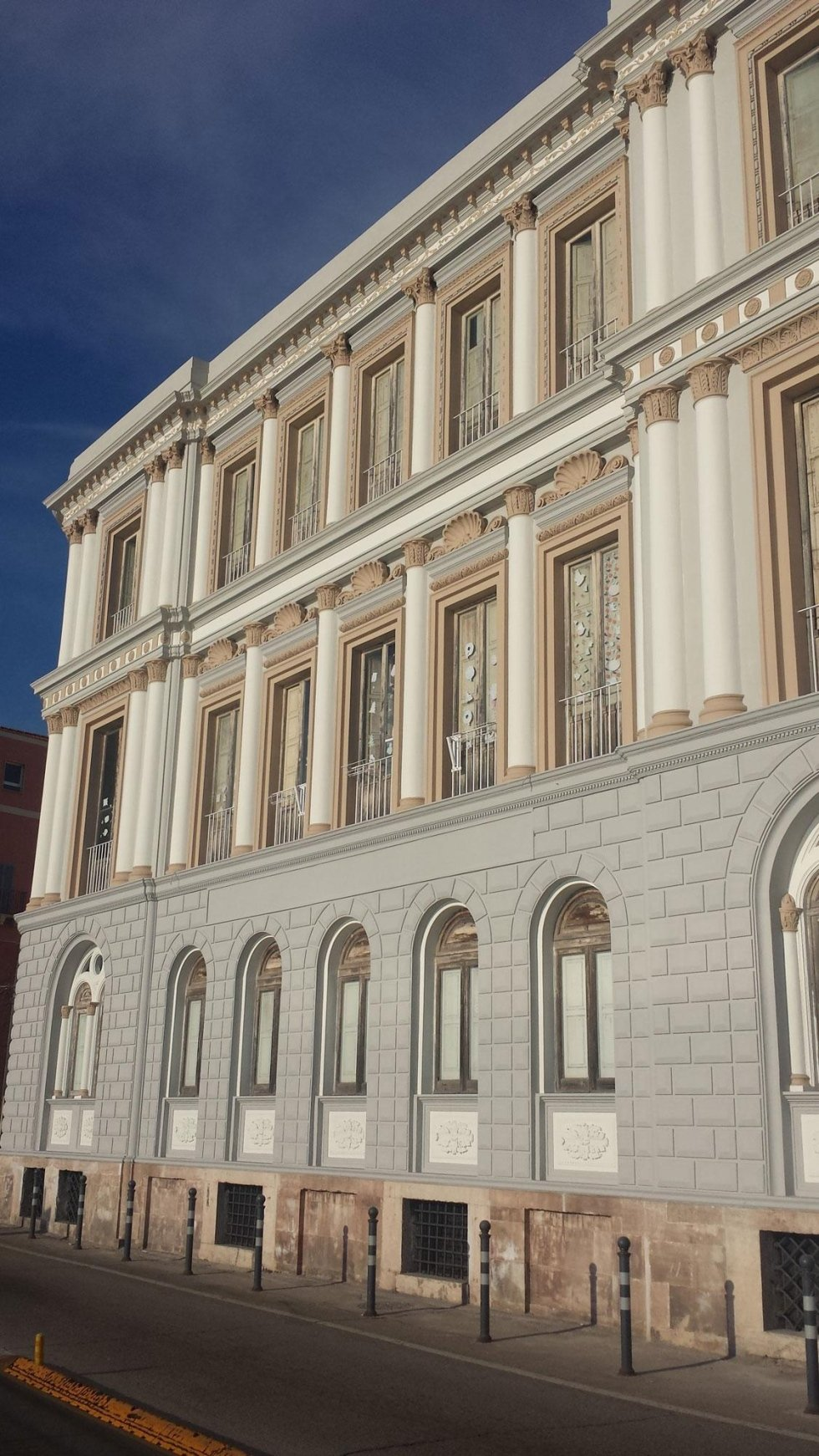 un palazzo comunale