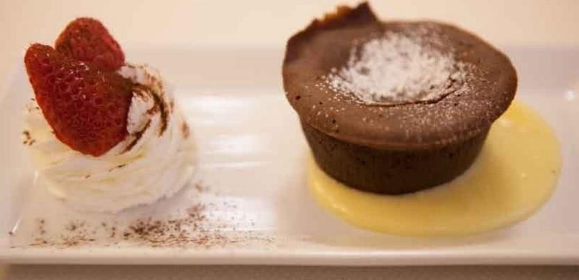 tortino di cioccolato con il cuore caldo