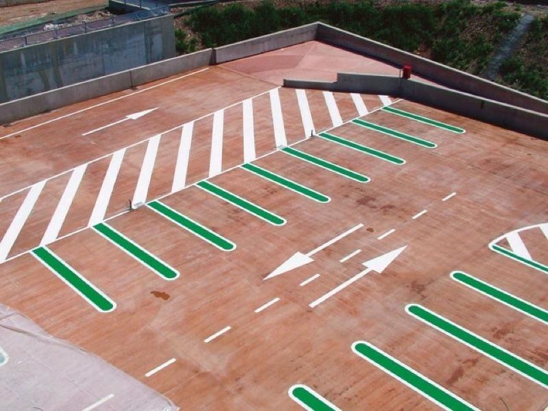 linee di parcheggio