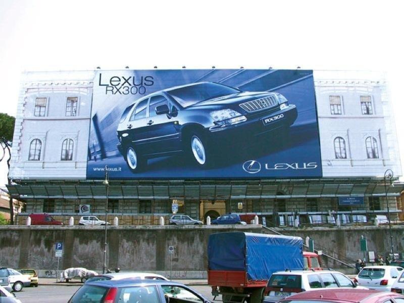 Maxi affissione lexus