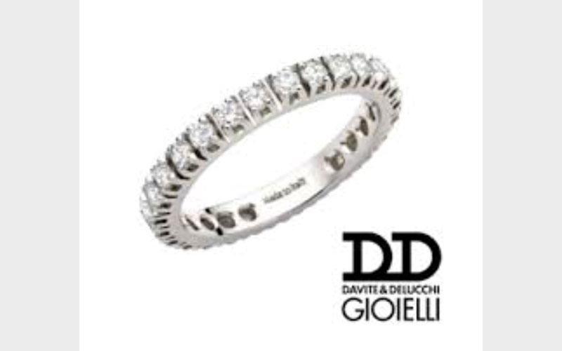 Anello in argento della collezione D&D Gioielli