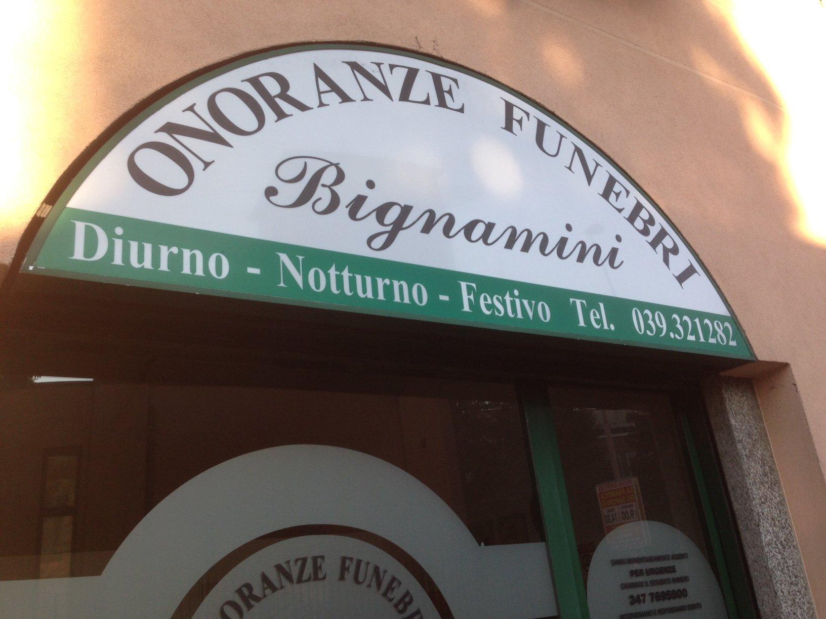 tabella esterna di Onoranze Funebri Bignamini