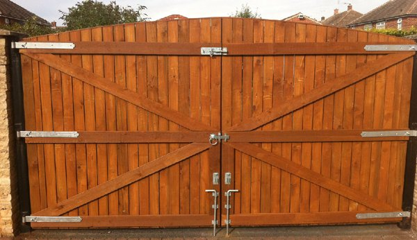 fence panels in retford