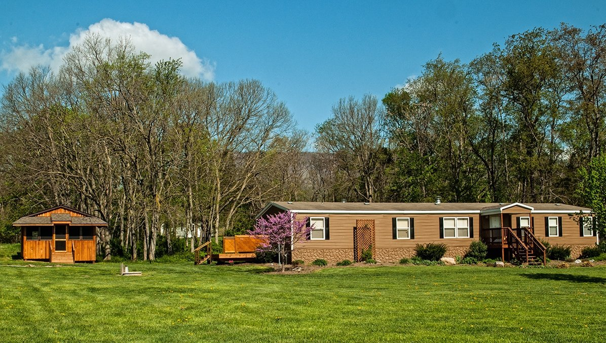 Adams river house cottage rental shenandoah valley luray cabin for Shenandoah valley romantic cabins