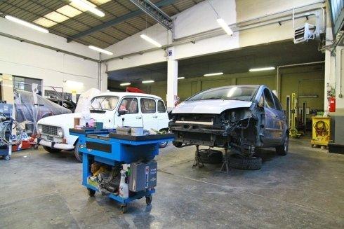 officina interna riparazione autovetture