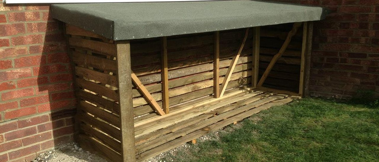 log storage for outdoor use