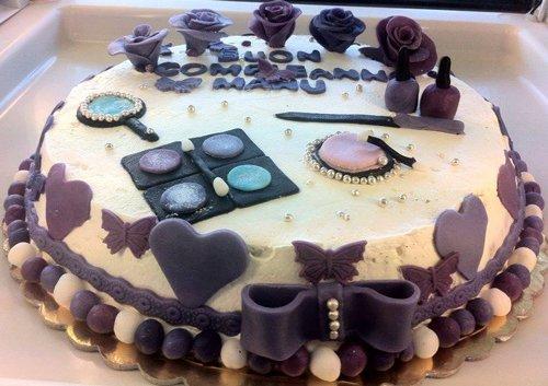 Torta artigianale di compleanno a Salerno