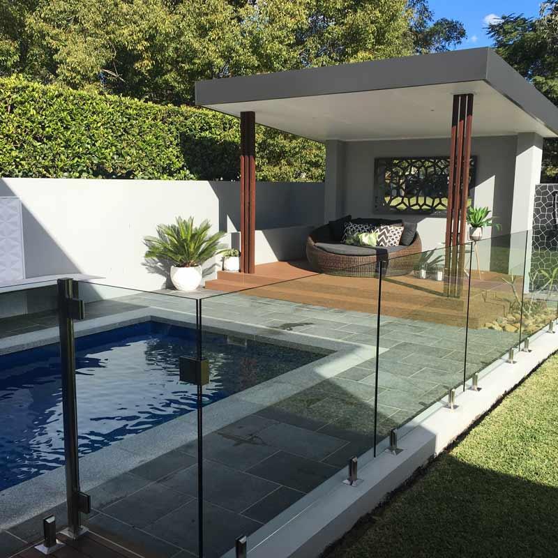 safe glass pool fencing