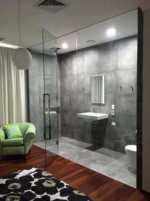 glass bath area
