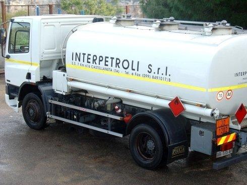 mezzo per trasporto carburante