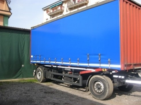 Fornitura teloni per camion