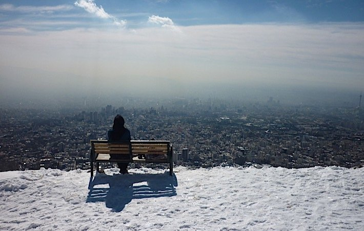 Watch city of Tehran while skiing