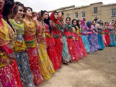Iranian girl , iranian culture , iran dress code , iran clothing , kurdish girls