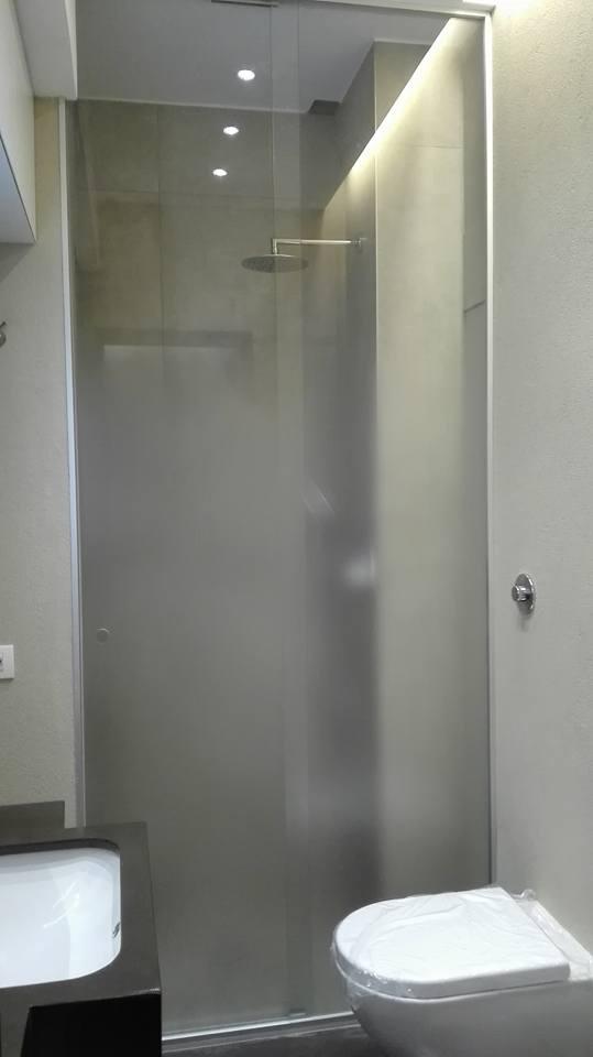 box doccia con porta scorrevole