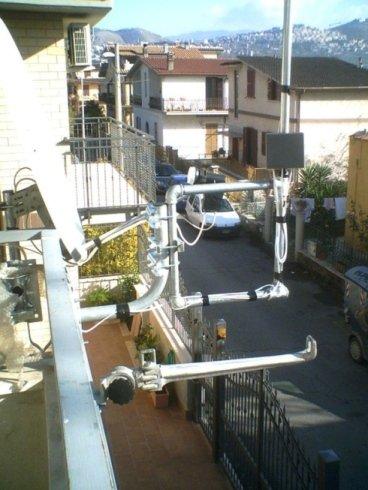 Installazione antenne su balconi
