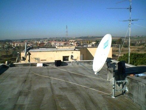 Installazione antenne su tetti